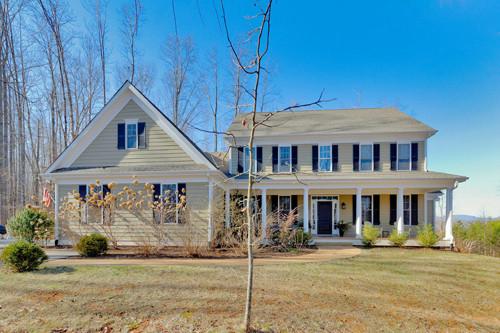Featured Property in CHARLOTTESVILLE, VA, 22903